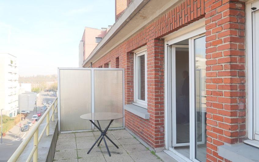 Studio avec terrasse au centre ville