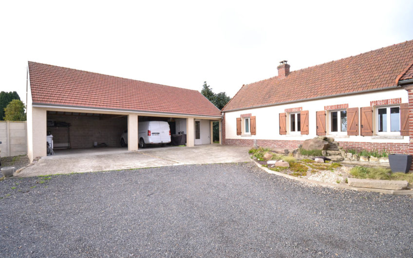 Grand corps de ferme rénové axe Amiens-Roye