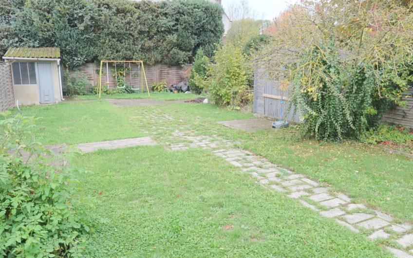 Amiens Sud, maison pleine de charme avec jardin