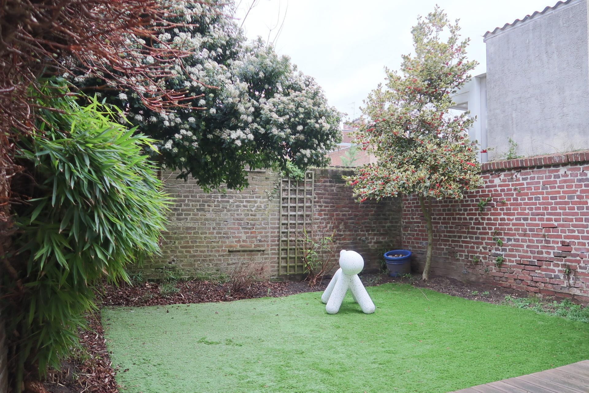 Amiénoise à St Acheul avec jardin